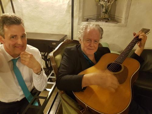 Peter Rowan mit Heikos Gitarre, Willisau (CH), Mai 2018
