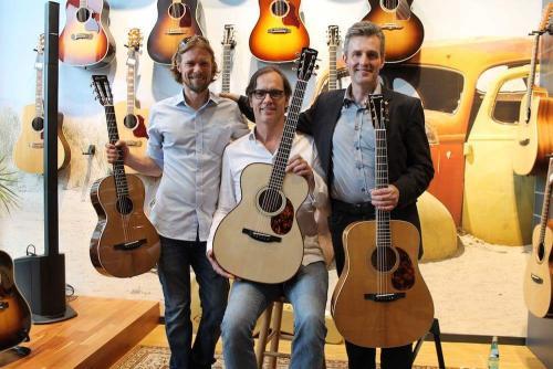 Guitares Boucher Sales Manager Guillaume Da Sylva, Burkkhard Kürten, Heiko Ahrend, Musikhaus Session in Frankfurt, Juni 2018